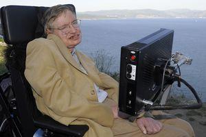 Died legendary scientist Stephen Hawking