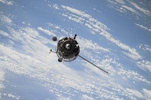 Кому это нужно? На орбите обнаружены четыре нелегальных спутника