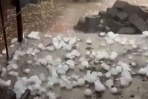 In China, hail the size of a walnut - has photos and video