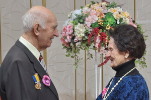 70 років без єдиної сварки: у Києві пенсіонери відсвяткували Платинове весілля