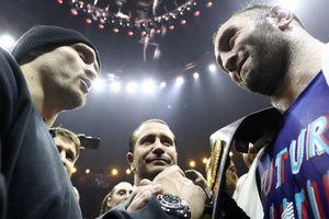 Усик - Гассиев: российский боксер будет готовиться к бою в США