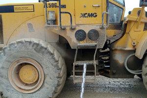 Трагедія на робочому місці: інженер з безпеки праці потрапив під колеса бульдозера