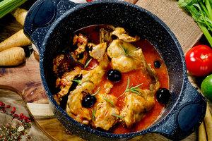 Рецепт дня: кролик в томатном соусе по-итальянски