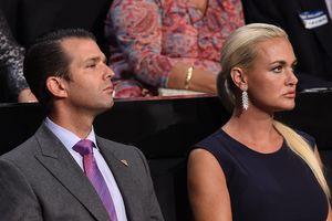 Сын Трампа разводится с женой