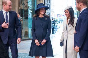 Кейт Миддлтон помогает Меган Маркл выбирать одежду