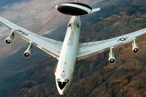 Самолет НАТО провел разведку у границ РФ