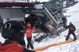 Tourists scattered from the broken lift at a resort in Georgia – video appeared