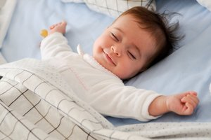 The world sleep day: how to congratulate your friends