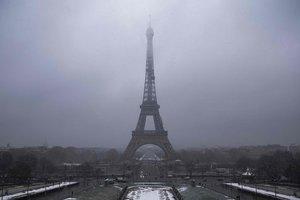 В Париже прошел забег на Эйфелеву башню