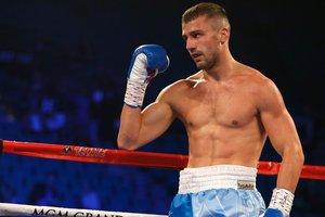 Украинец Александр Гвоздик завоевал первый чемпионский титул в карьере