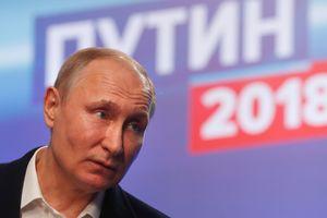 """Путин заверил, что """"не будет сидеть у власти до ста лет"""""""