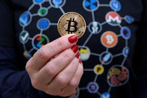 Еще одна соцсеть запретит рекламу криптовалют - СМИ
