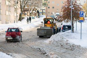 В Харьковскую область пришла непогода: коммунальщики работают в усиленном режиме