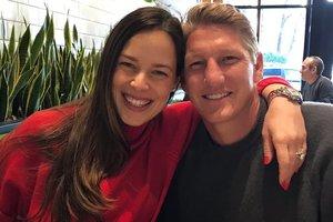 Красавица теннисистка Ана Иванович родила сына чемпиону мира Бастиану Швайштайгеру