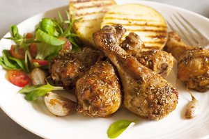 The idea for a quick dinner: baked chicken Greek