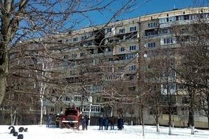 In Kiev, burned a house, rescued two women and a little girl