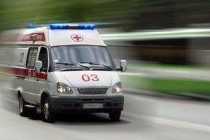 В Киеве мужчина выпал из окна гостиницы и погиб