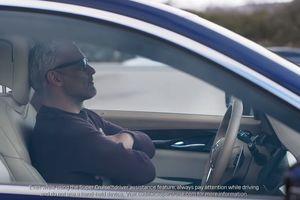Cadillac потроллил автопилот Tesla: видео