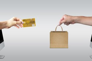 Онлайн-шопинг: что украинцы покупают в сети