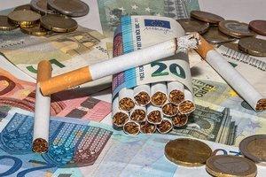 НЛО для контрабанды: украинцы придумали необычный способ переправки сигарет в Польшу