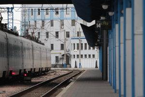 Под Киевом электричка насмерть сбила 20-летнего парня