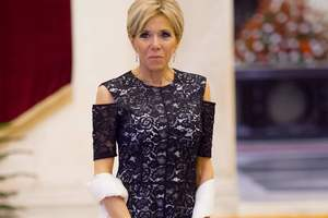 64-летняя Бриджит Макрон в белом наряде затмила герцогиню Люксембурга на торжественном ужине