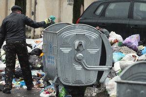 В Киеве в мусорном баке снова нашли мертвого младенца