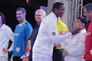 Kluivert refused to shake hands with Diego Maradona