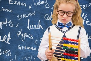 When is the best time to start teaching English with the child