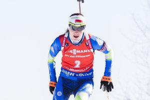 Дарья Домрачева выиграла спринт на последнем этапе Кубка мира по биатлону