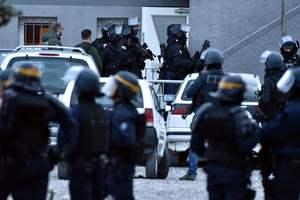 После теракта во Франции полиция задержала женщину