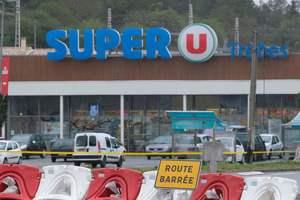 Бойня в супермаркете: число жертв теракта во Франции возросло