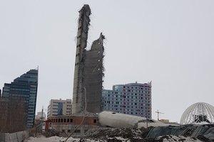 В России со скандалом снесли недостроенную 220-метровую телебашню