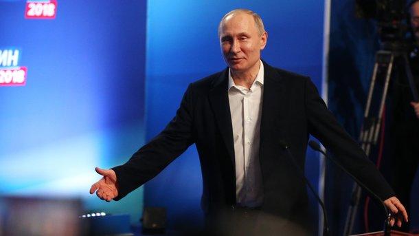 ВКремле назвали обвинения Великобритании из-за Скрипаля «граничащими сбандитизмом»