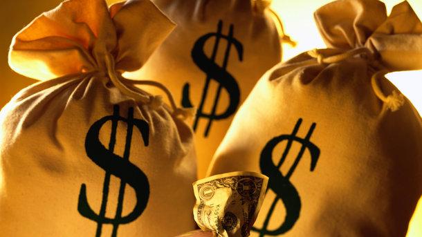 Курс покупки наличного доллара упал на11 копеек