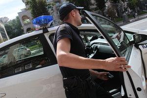 Грабитель вынес из кредит-кафе в Киеве более трех тысяч