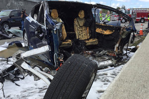 В США взорвался электромобиль Tesla: водитель погиб