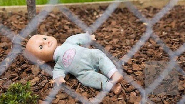 Девочка умерлана месте от травм. Фото: izvestia.nikolaev.ua