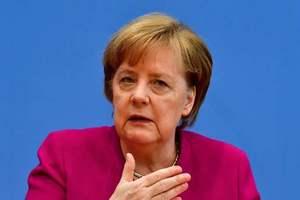Мэй и Меркель договорились противостоять российской агрессии