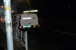 В Киеве двое бандитов напали на женщину с дочерью