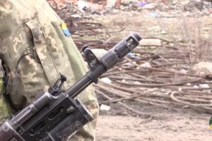 """""""Очень хрупкое"""" перемирие на Донбассе показали на видео"""