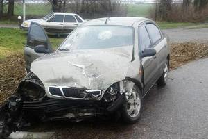Крупное ДТП в Запорожской области: четверых пассажиров зажало в покореженном авто