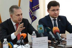 Борис Колесников анонсировал строительство двух ледовых площадок в Мариуполе
