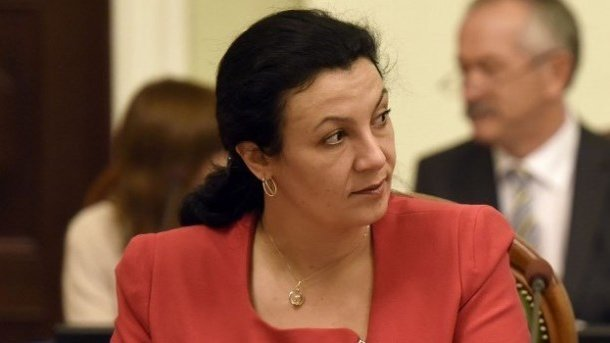 Украина хочет направить вРостов новых дипломатов