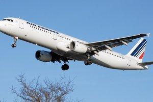 Air France отменила 30 процентов рейсов из-за забастовки сотрудников
