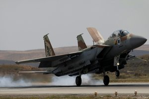 В России рассказали, кто нанес ракетный удар по военной базе Асада