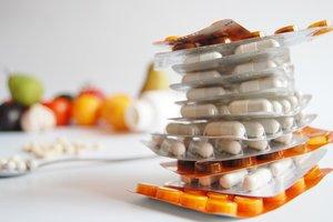 Медики предупредили об угрозе передозировки витаминами