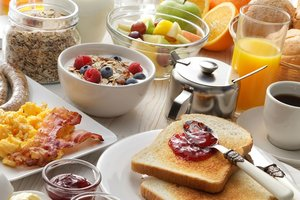 Никакой овсянки: ученые назвали лучшие продукты на завтрак