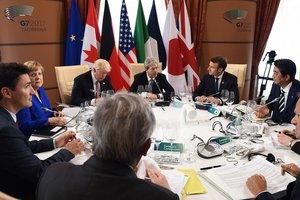 Украина в G7: главная тема - миротворцы на Донбассе