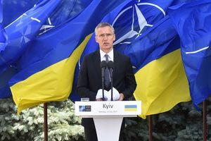 Санкции против России останутся в силе, пока она не изменит свое поведение - генсек НАТО